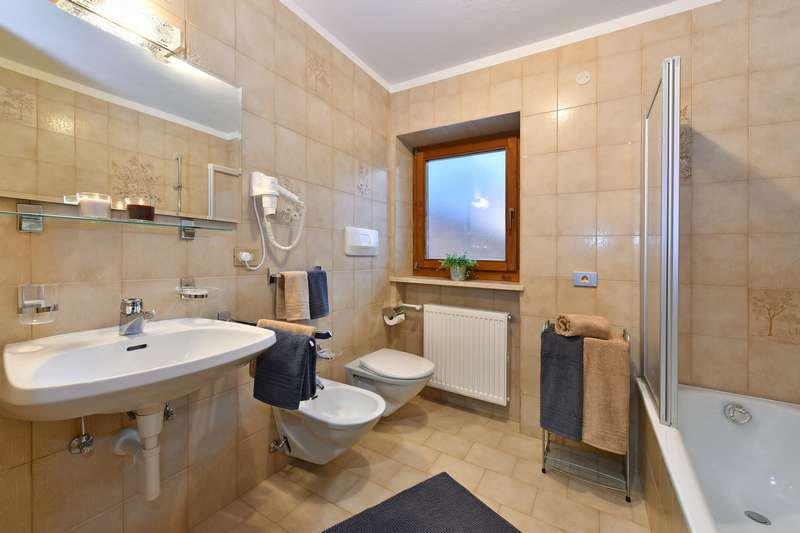 appartamento-groeden-bagno