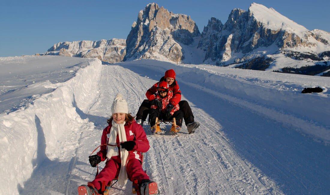 Schneeschuhwandern und Rodeln
